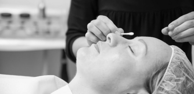 Questions to ask the permanent makeup artist